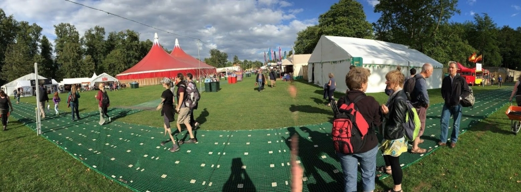The Greenbelt Festival 2015 where Peterson performed, Does This Apocalypse Make me Look Fat?