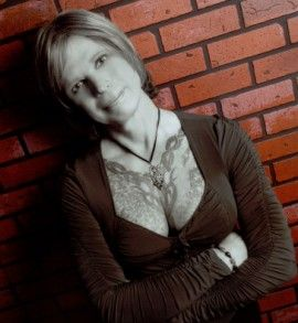 jamieann-brick-wall-copy-1